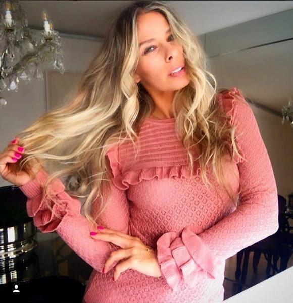 34-Adriane Galisteu veste Blusa Tricot Babados Rosa Galeria Tricot - Look do dia