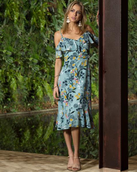 Gisela Saback veste Vestido Heloise Acqua Fillity - Look do dia - lookdodia.com