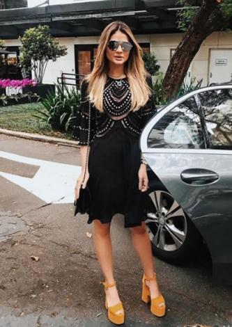Thassia Naves veste TIG Vestido Ve Black - Look do dia - lookdodia.com