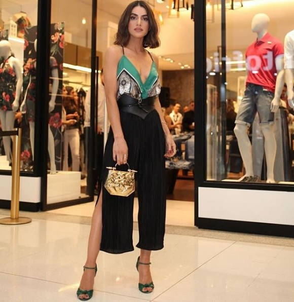 Camila Coelho veste Colcci Body Estampado Verde - Look do dia - lookdodia.com