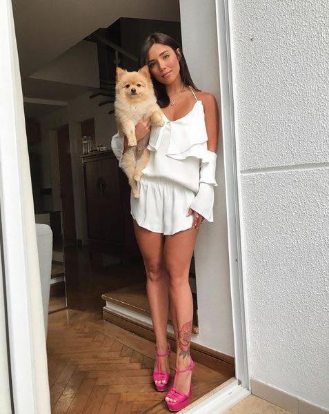 Mariana Sampaio veste Tjurs Bata Lila Branca - Look do dia - lookdodia.com