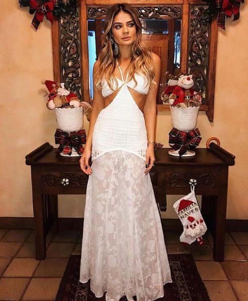 Thassia Naves veste John John Denim Vestido Reveillon White - Look do dia - lookdodia.com