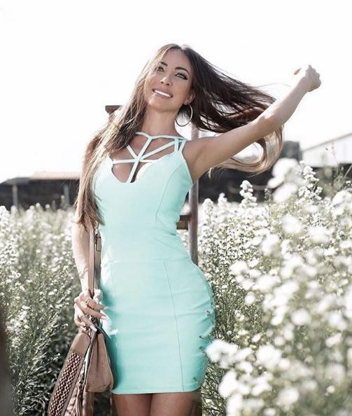 Look do dia Vestido Strappy Azul Piscina - La Mandinne - lookdodia.com