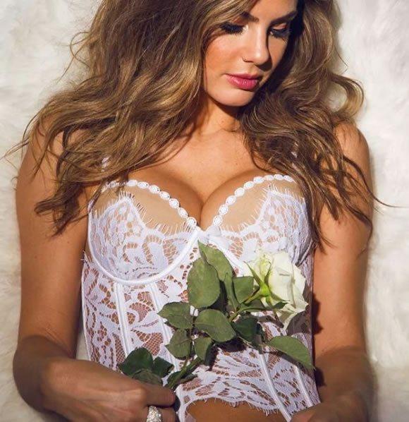 Camila Queiroz veste Specialita Luxury Lingerie de Renda - Look do dia - lookdodia.com