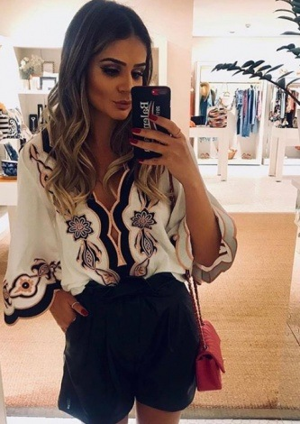 Thassia Naves veste Tigstore Bata Balneario Chic - Look do dia - lookdodia.com