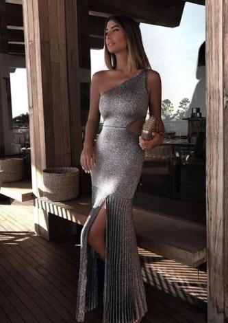 Chris Bittar veste Galeria Tricot Vestido Lurex Prata - Look do dia - lookdodia.com