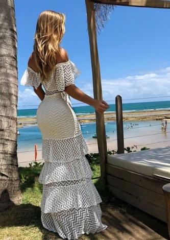 Aricia Silva veste Maria Gueixa Vestido Longo Branco - Look do dia - lookdodia.com