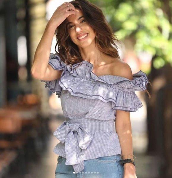 Luiza Sobral veste AMARO Blusa Ombro a Ombro Vichy - Look do dia - lookdodia.com