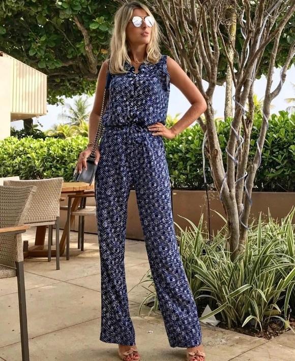 Dandynha Barbosa veste Fillity Macacao Estampado - Look do dia - lookdodia.com