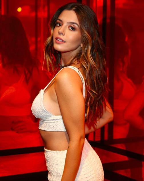 Giovanna Lancellotti veste John John Denim Top Lasie - Lookdodia - lookdodia.com