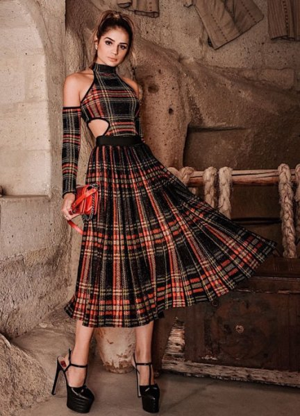 Thassia Naves veste Skazi Conjunto Tricot Lurex - Look do dia - lookdodia.com