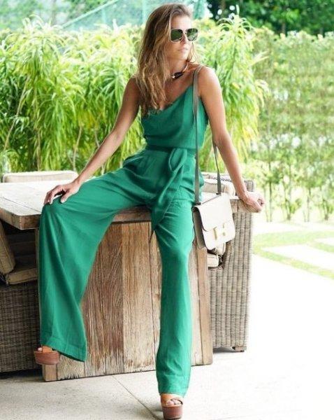 Deborah Secco veste Amissima Macacao Longo Stella - Look do dia - lookdodia.com