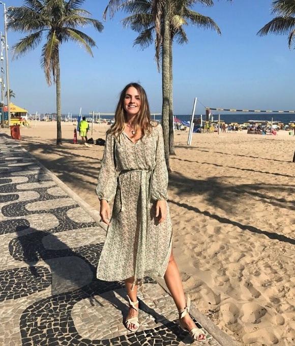 Juliana Calcena veste ATEEN - Vestido Must Estampa Petrus Lurex - lookdodia.com