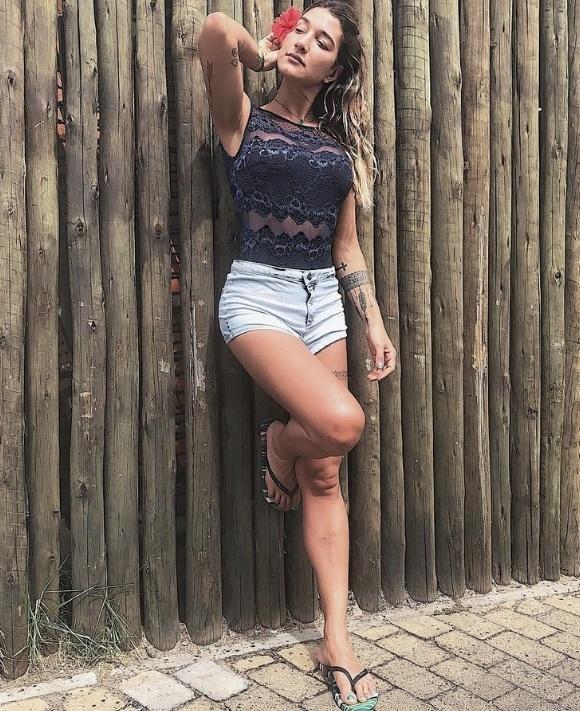 Gabriela Pugliesi veste Valisere Body em Renda - Look do dia - lookdodia.com.