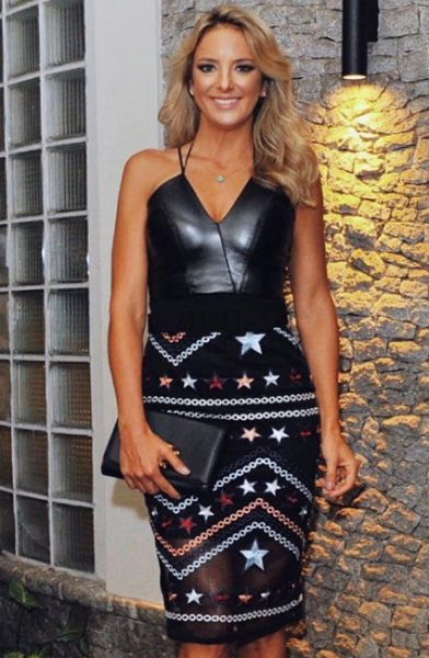 539-Ticiane Pinheiro veste Pop Up Store Saia Star Glow - Look do dia - lookdodia.com-02