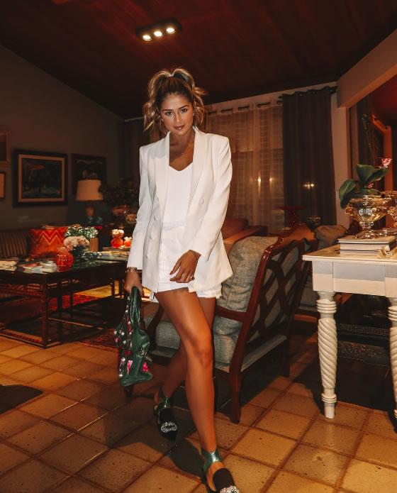 Blazer Frida Offwhite - Look do dia Thassia Naves
