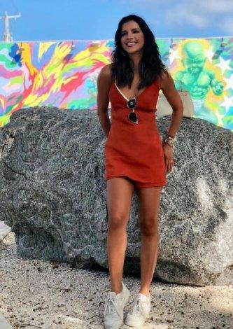 Macaquinho Couro Doris - Look do dia: Mariana Rios