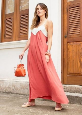 Vestido Bicolor Ateen — Look do dia: Juliana Calcena